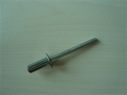 Closed end blind rivet